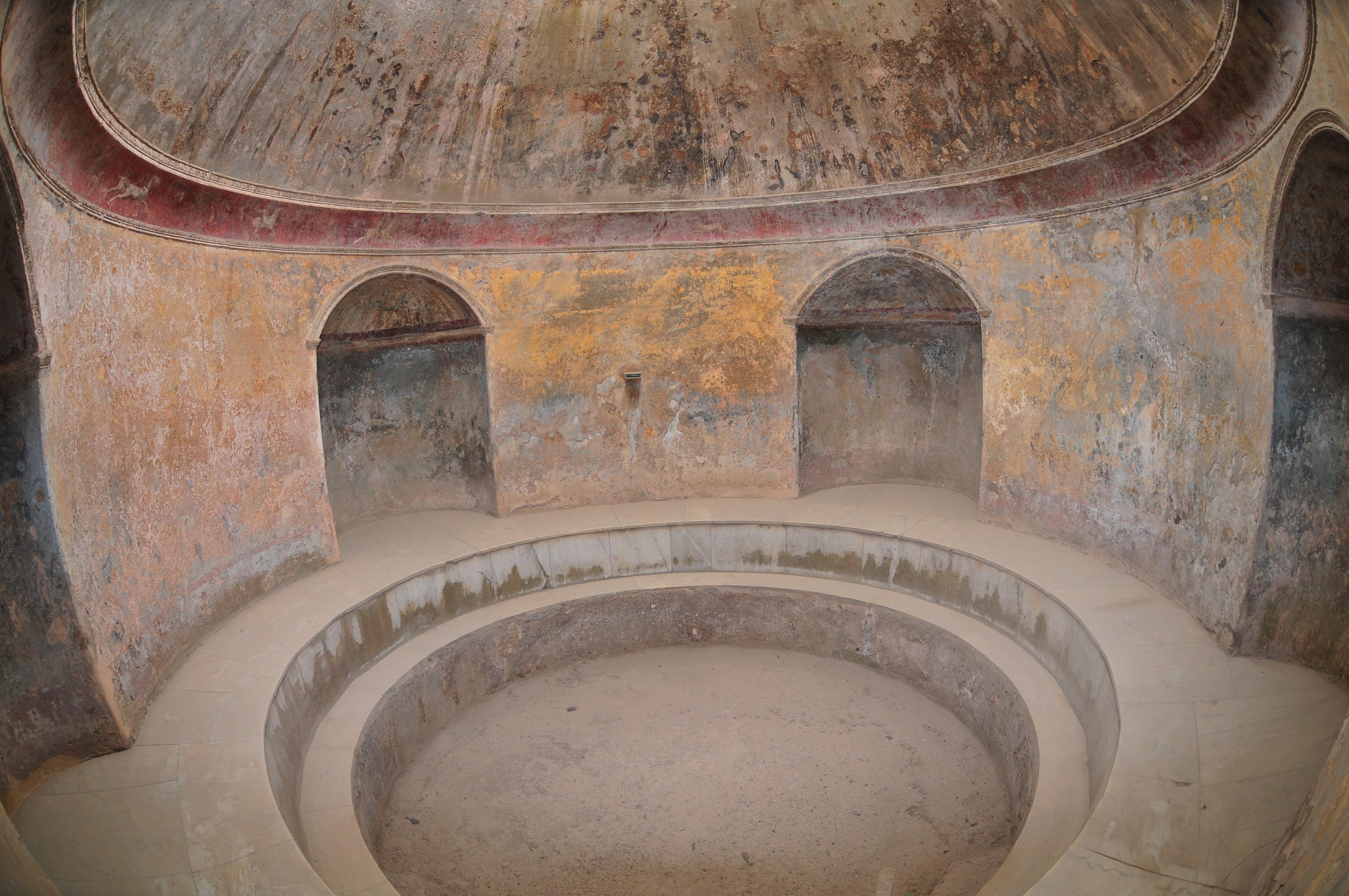 famous landmarks and monuments pompeii. Black Bedroom Furniture Sets. Home Design Ideas
